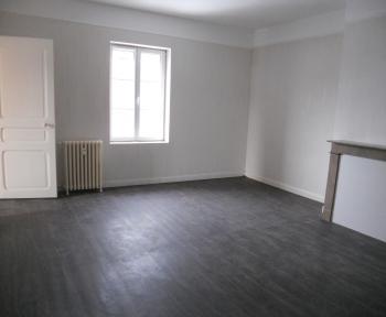 Location Appartement 4 pièces Vienne-le-Château (51800)