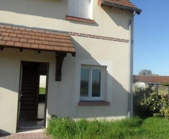 Location Maison avec jardin 3 pièces Fougères-sur-Bièvre (41120) - au calme