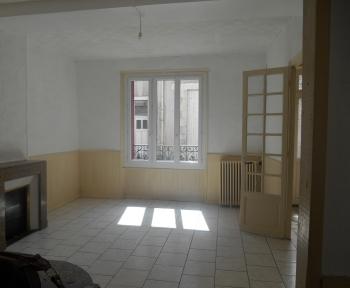 Location Maison 4 pièces Cosne-Cours-sur-Loire (58200) - Coeur de ville
