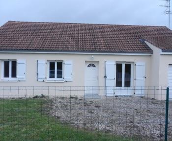 Location Maison 4 pièces Saint-Romain-sur-Cher (41140)