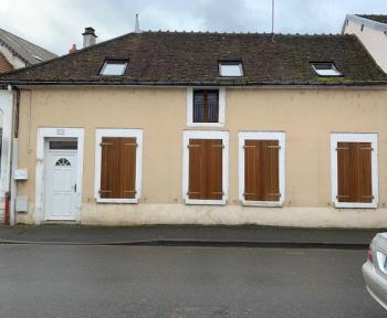 Location Maison de ville 5 pièces Cosne-Cours-sur-Loire (58200) - Centre-ville