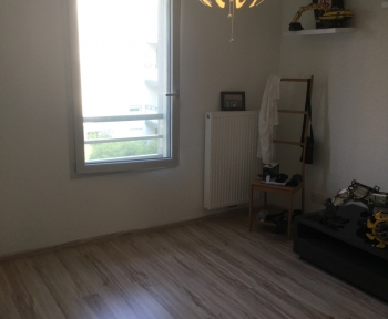 Location Appartement 1 pièce GEX  () - CENTRE GEX95