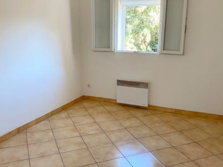 Location Studio 1 pièce Béziers (34500) - place Emile Ain