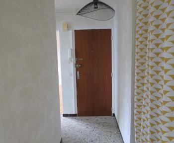 Location Appartement 2 pièces Caen (14000) - rue d'Herouville