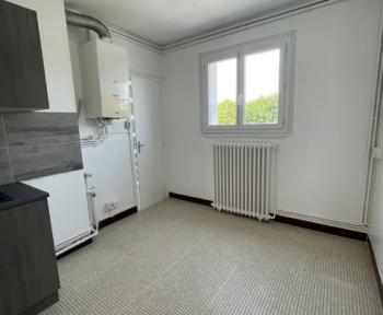 Location Appartement avec balcon 2 pièces Cosne-Cours-sur-Loire (58200)